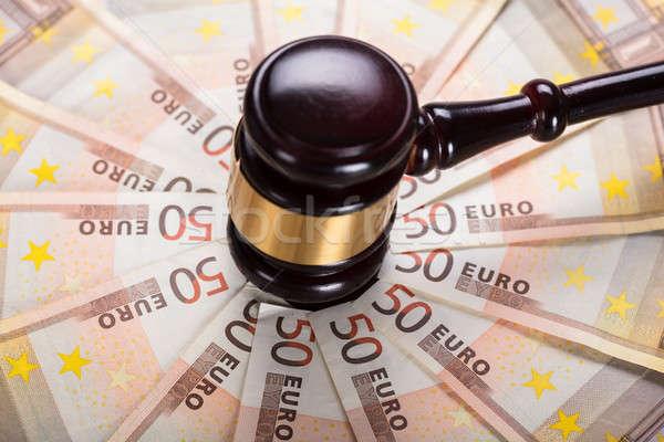 молоток забастовка банкнота мнение судья Сток-фото © AndreyPopov