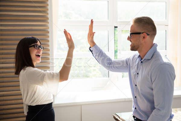 Empresario máximo de cinco colega feliz jóvenes oficina Foto stock © AndreyPopov