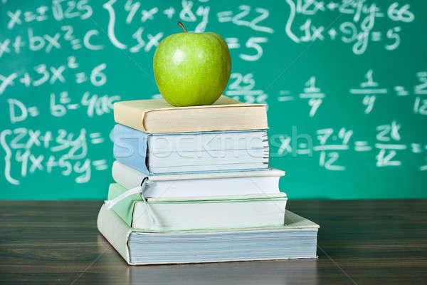 Boglya iskola tankönyvek alma iskolatábla étel Stock fotó © AndreyPopov