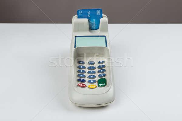 Hitelkártya kártya olvasó gép pult üzlet Stock fotó © AndreyPopov