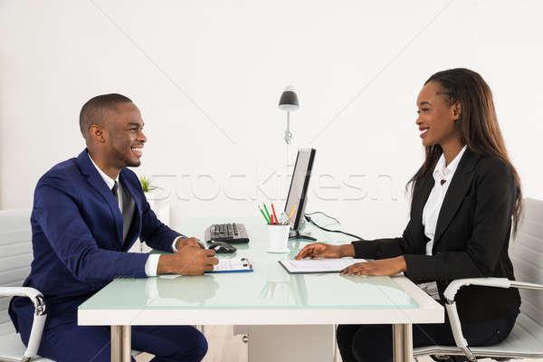 ストックフォト: 男性 · マネージャ · 女性 · 申請者 · 小さな · オフィス