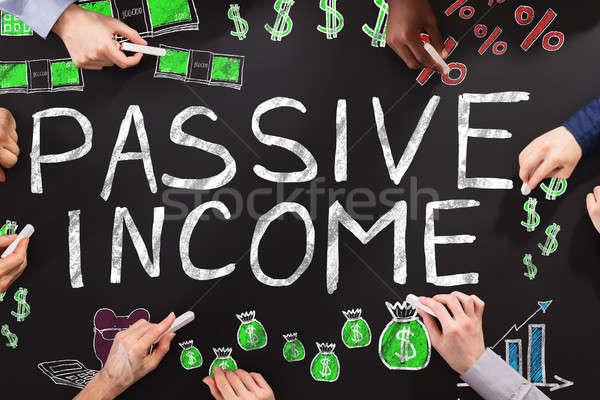 受動 収入 人 図面 黒板 ビジネス ストックフォト © AndreyPopov