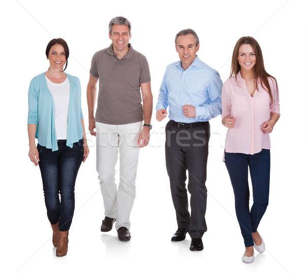 Retrato pessoas felizes caminhada branco mulher homem Foto stock © AndreyPopov
