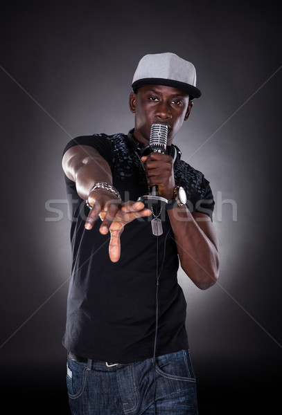 Portrait Homme chanteur chanter noir Photo stock © AndreyPopov