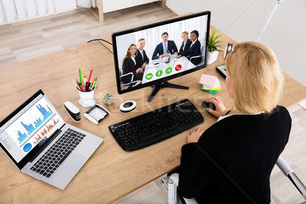 üzletasszony asztali számítógép magasról fotózva kilátás kollégák üzlet Stock fotó © AndreyPopov