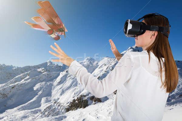 Сток-фото: самолет · Flying · женщину · виртуальный · реальность
