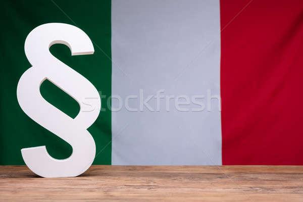 Bandera italiana detrás párrafo símbolo blanco Foto stock © AndreyPopov