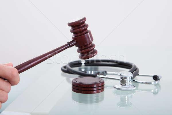 Martelletto stetoscopio immagine giudizio medici medicina Foto d'archivio © AndreyPopov