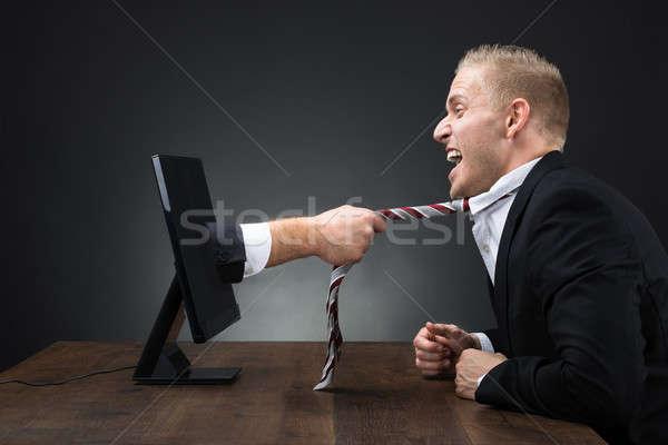 El bilgisayar monitörü kravat yürütme tablo Stok fotoğraf © AndreyPopov