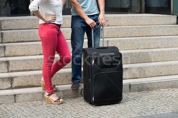 Coppia piedi bagaglio primo piano scala Foto d'archivio © AndreyPopov