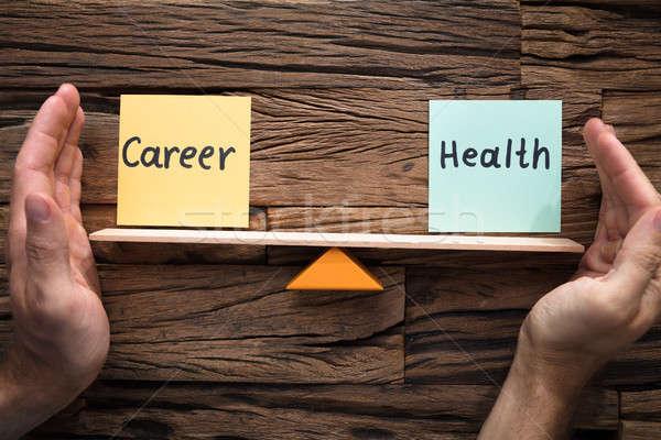 Mani equilibrio carriera salute altalena primo piano Foto d'archivio © AndreyPopov