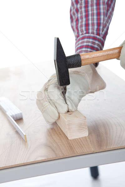 Werknemer nagel stuk hout hemel Stockfoto © AndreyPopov