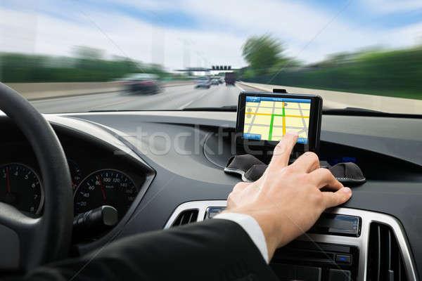 Persone mano GPS navigazione auto primo piano Foto d'archivio © AndreyPopov