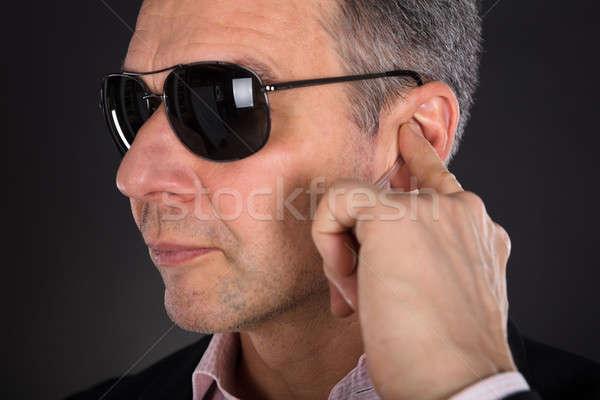 Maschio ascolto primo piano mano uomo Foto d'archivio © AndreyPopov