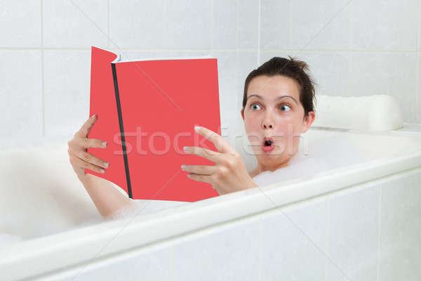 若い女性 バスタブ 読む 図書 肖像 幸せ ストックフォト © AndreyPopov