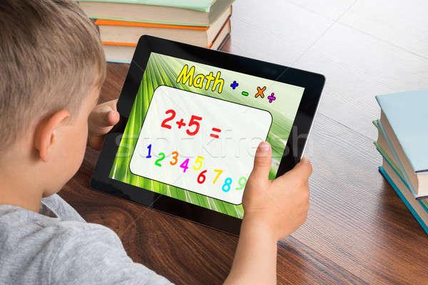 Junge math Problem digitalen Tablet Stock foto © AndreyPopov