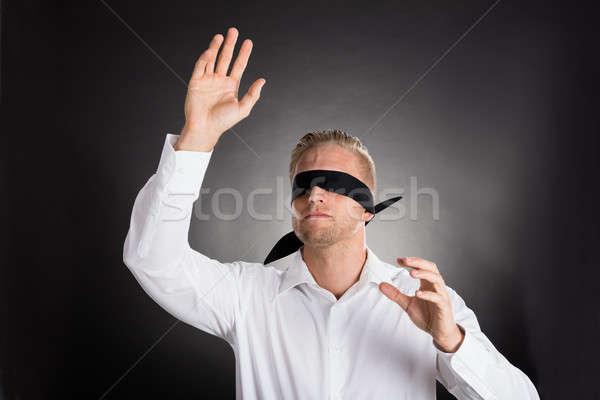 Jonge geblinddoekt zakenman verward grijs gezicht Stockfoto © AndreyPopov