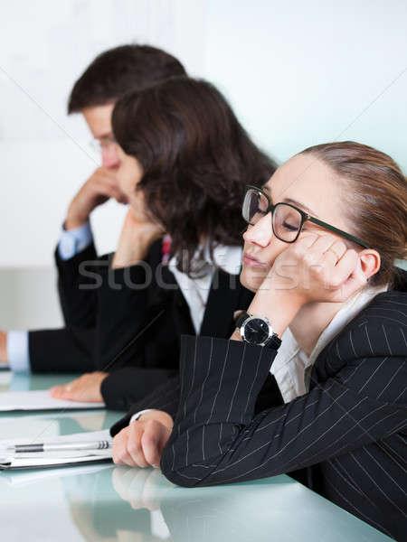 ストックフォト: 退屈 · 女性実業家 · 寝 · 会議 · 同僚 · プレゼンテーション