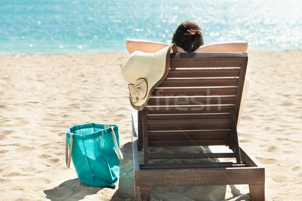 女性 リラックス デッキ 椅子 背面図 ビーチ ストックフォト © AndreyPopov