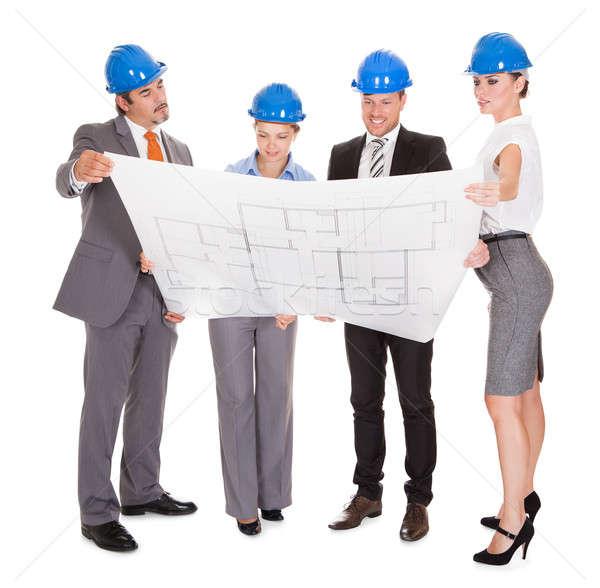 Mirando plan grupo arquitectónico plan Foto stock © AndreyPopov