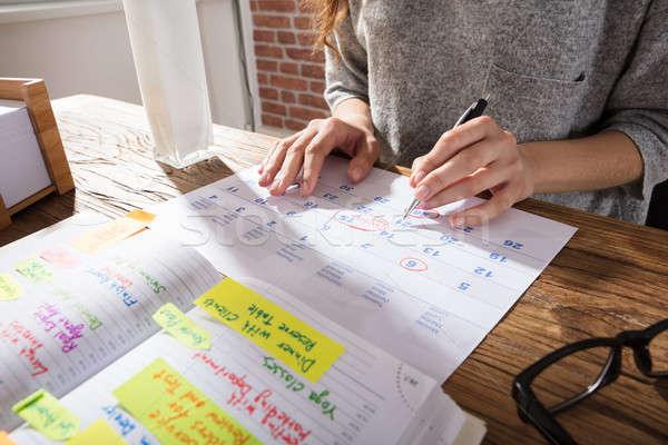 女性実業家 スケジュール カレンダー クローズアップ 日記 職場 ストックフォト © AndreyPopov