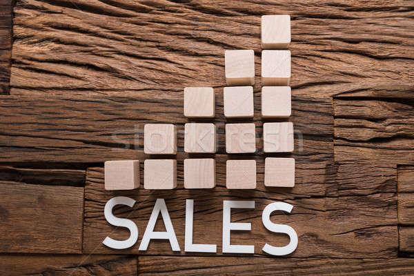 Sprzedaży tekst wykres słupkowy bloków drewna Zdjęcia stock © AndreyPopov