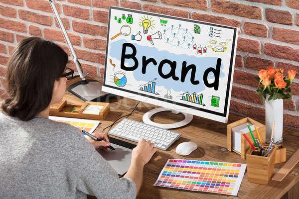 Femme d'affaires dessin marque graphique graphique comprimé Photo stock © AndreyPopov