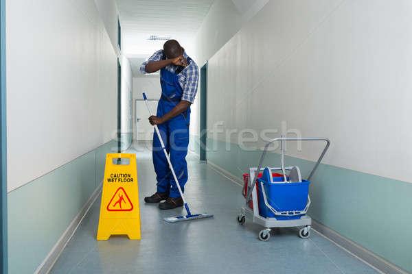 Stockfoto: Moe · schoonmaken · vloer · mannelijke · uitrusting