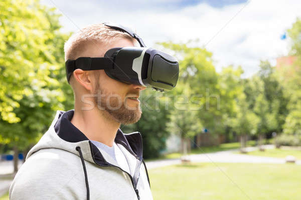 Stok fotoğraf: Adam · sanal · gerçeklik · gözlük · çekici