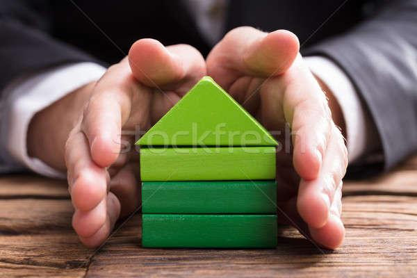 üzletember ház modell család papír kivágás kéz Stock fotó © AndreyPopov