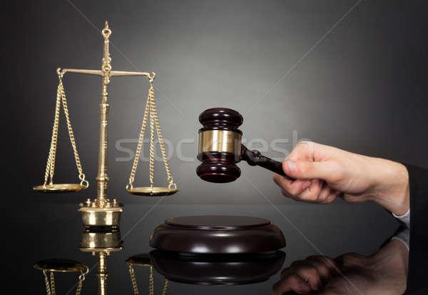судья гравий веса масштаба столе изображение Сток-фото © AndreyPopov