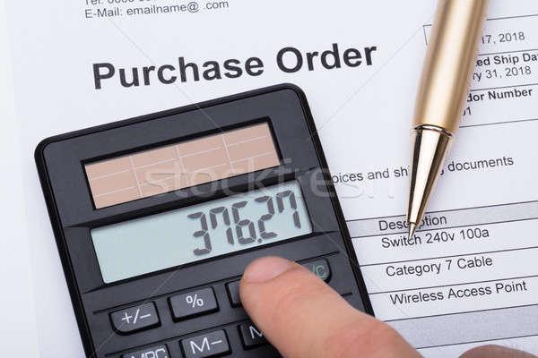 Zdjęcia stock: Osoby · Kalkulator · zakup · celu · formularza