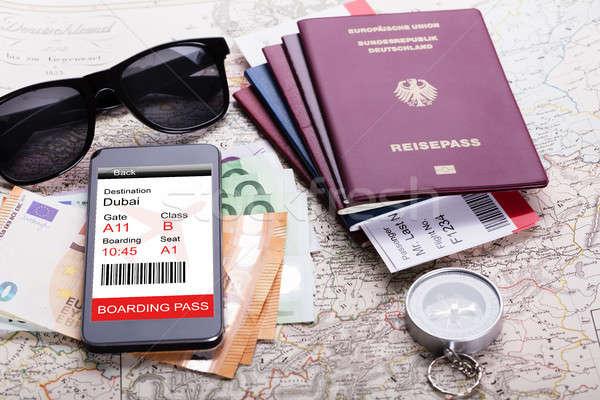 Passaporte moeda notas mapa Foto stock © AndreyPopov