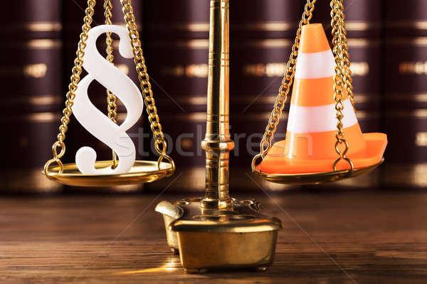 Absatz Symbol Verkehr Kegel Gerechtigkeit Maßstab Stock foto © AndreyPopov