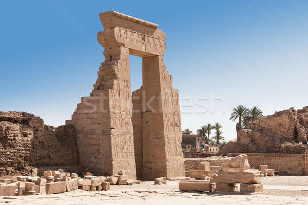 Entrée égyptien temple anciens Egypte art Photo stock © AndreyPopov