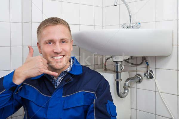 Boldog vízvezetékszerelő készít hívj fel kézmozdulat portré Stock fotó © AndreyPopov
