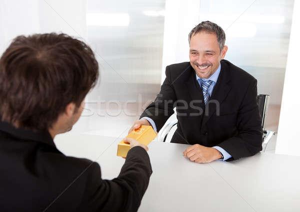 üzletember aranyrúd portré boldog üzlet iroda Stock fotó © AndreyPopov