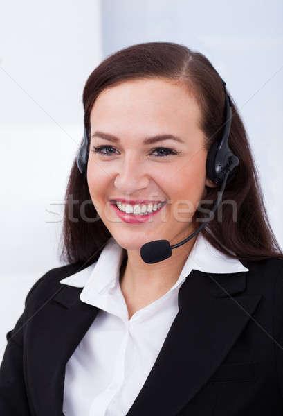 Belo atendimento ao cliente representante retrato escritório sorrir Foto stock © AndreyPopov