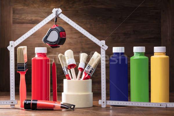 Peinture maison mètre à ruban table en bois crayon Photo stock © AndreyPopov