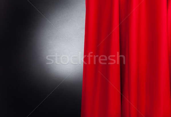 Etapă roşu perdea fotografie teatru teatru Imagine de stoc © AndreyPopov