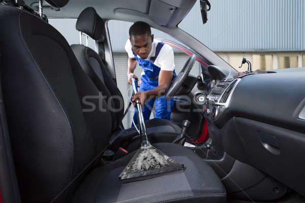 Handwerker Auto Vorderseite Sitz jungen Staubsauger Stock foto © AndreyPopov