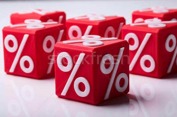 Rouge pourcentage symbole réfléchissant Photo stock © AndreyPopov
