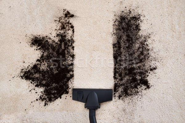 Porszívó takarítás szőnyeg magasról fotózva kilátás kosz Stock fotó © AndreyPopov