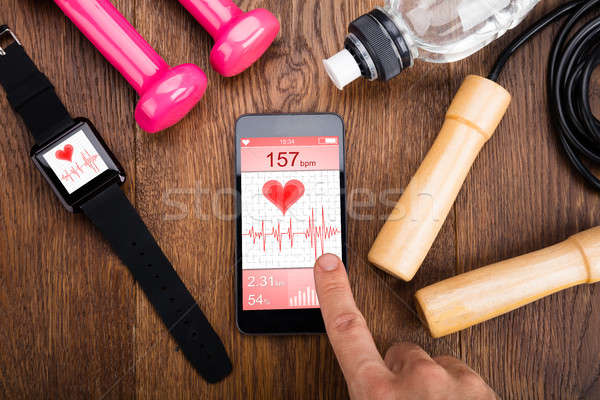 Personne fréquence cardiaque demande main Photo stock © AndreyPopov