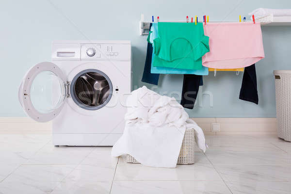 çamaşır makinesi bez sepet boş kirli Stok fotoğraf © AndreyPopov