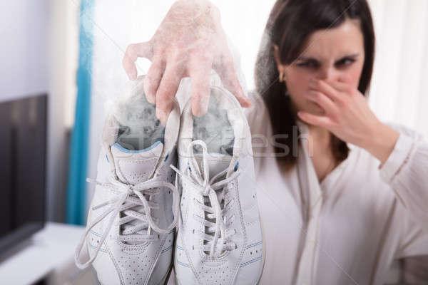 Mujer ejercicio zapato vapor fuera Foto stock © AndreyPopov