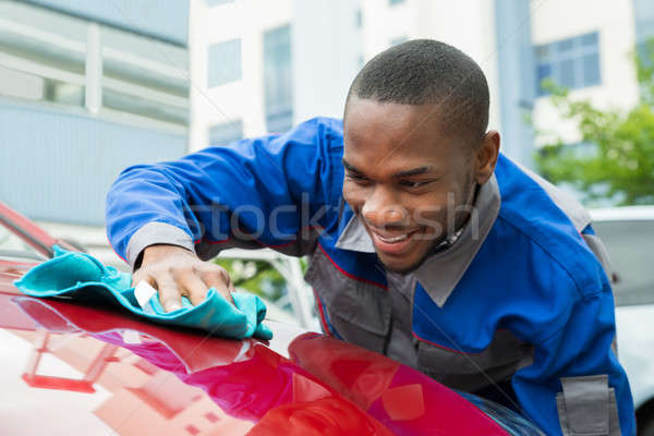 Stock fotó: Férfi · munkás · takarítás · autó · fiatal · boldog