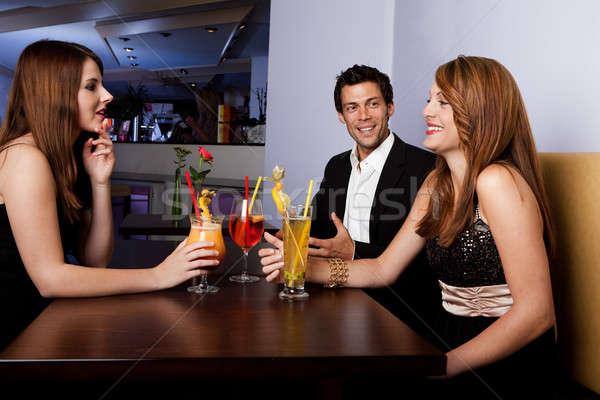 Grupy znajomych wraz skupić człowiek Zdjęcia stock © AndreyPopov
