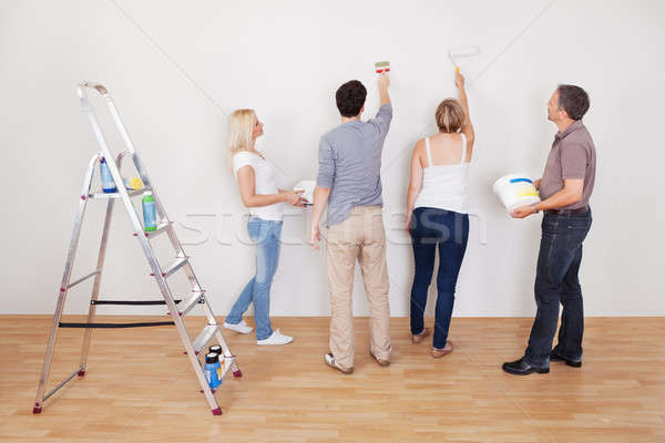 Família trabalho em equipe casa manutenção crianças reparar Foto stock © AndreyPopov