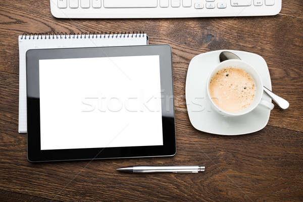 Digital comprimido diário copo chá Foto stock © AndreyPopov